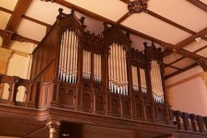 Emission 02 d'octobre 2011  dans Saison radiophonique 2011-2012 4-orgue-de-ay-sur-moselle-300x200